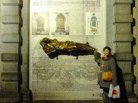 (幸運の像)セルクラースの像 The Statue of Everard t'Serclaes