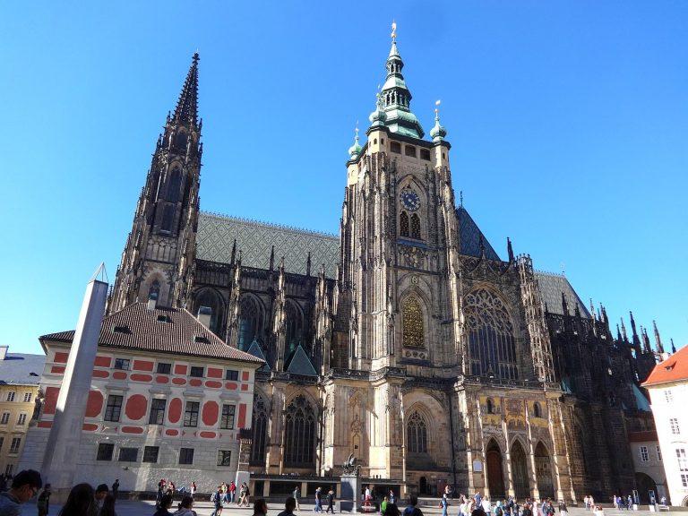 (ボヘミア国王の居城)プラハ城 Prague Castle