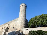 (丘の上に立つ)トームペア城 Toompea Castle