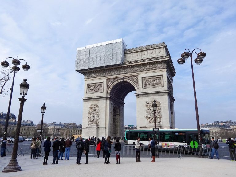 (アウステルリッツの三帝会戦)エトワール凱旋門 The Arc de Triomphe de l'Étoile