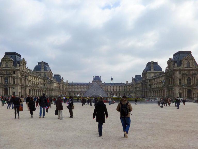 (世界最大の美術館)ルーヴル美術館 The Louvre Museum