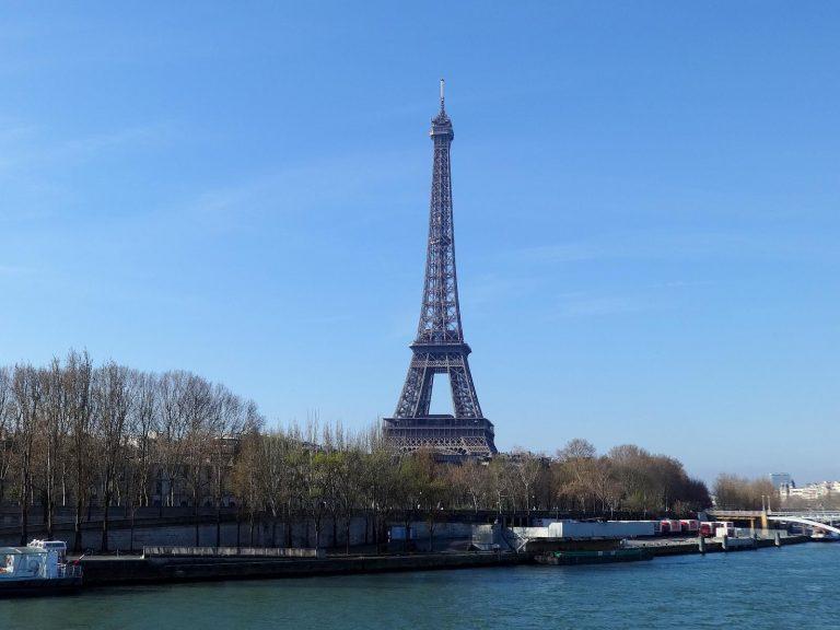(1889年パリ万国博覧会)エッフェル塔 The Eiffel Tower