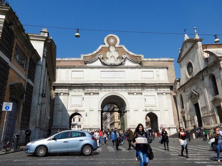 (ローマの北の玄関)ポポロ広場 Piazza del Popolo