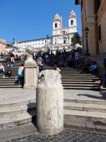 (階段に座ってジェラート)スペイン広場 Piazza di Spagna
