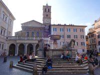 (ローマ最古の教会の一つ)サンタ・マリア・イン・トラステヴェレ聖堂 The Basilica of Santa Maria in Trastevere