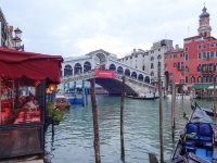 (カナル・グランデに架かる最古の橋)リアルト橋 The Ponte di Rialto