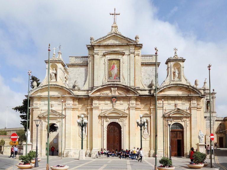 (聖パウロの岩屋がある)聖パウロ教会 The Collegiate Church of St. Paul