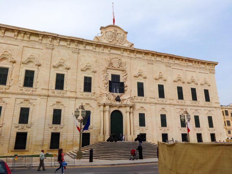 (現在はマルタ首相官邸)オーベルジュ・ドゥ・カスティーユ The Auberge de Castille