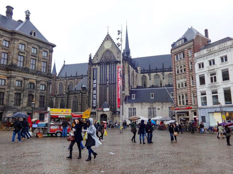 (現在は展示会場として用いられている)新教会 The Nieuwe Kerk