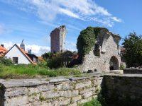 (異教徒の聖地の上に建てられた教会の遺跡)聖ペトロ教会と聖ハンス教会 Sankt Per Church and Sankt Hans Church
