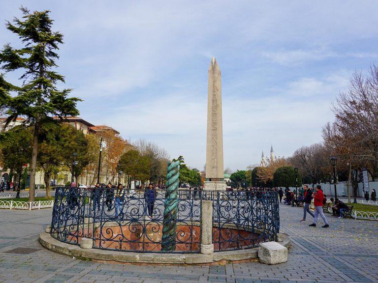(コンスタンティノープルの社会の中心)コンスタンティノープル競馬場 The Hippodrome of Constantinople