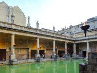 (女神スリス・ミネルウァの大浴場)ローマン・バス The Roman Baths