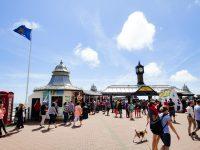 (海に突き出たアミューズメントパーク)ブライトン海上宮殿桟橋 The Brighton Marine Palace and Pier