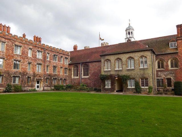 Queens' College