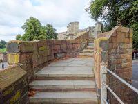 (旧市街を一周する)チェスター市壁 Chester City Walls