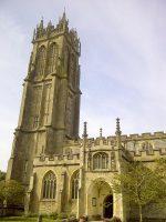 (グラストンベリーの荊の一つがある)洗礼者ヨハネ教会 The Church of St. John the Baptist