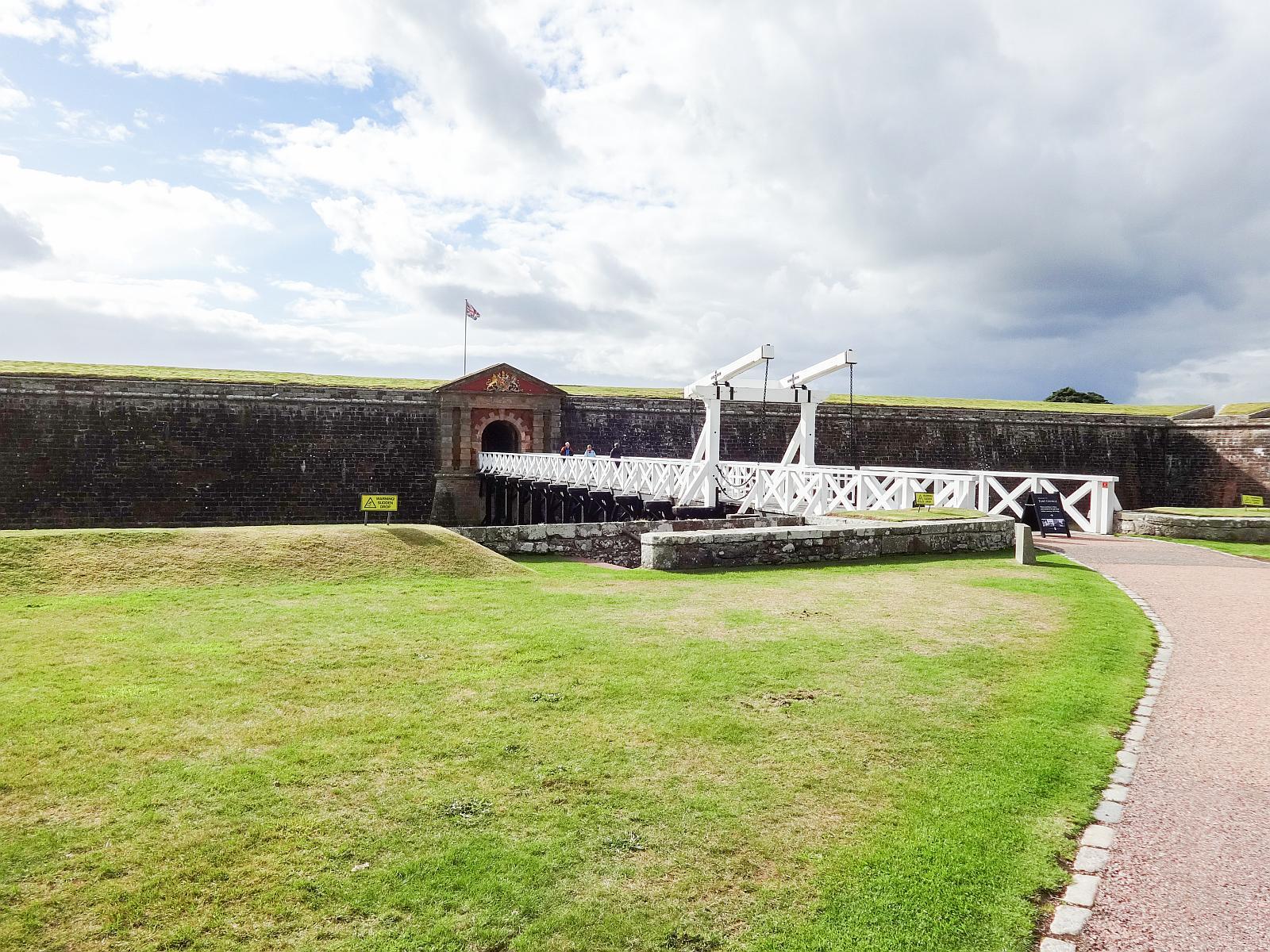 (広大な星型要塞)ジョージ要塞 Fort George