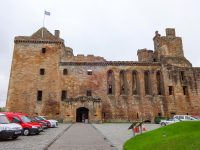 (広大な宮殿の遺跡)リンリスゴー宮殿 Linlithgow Palace