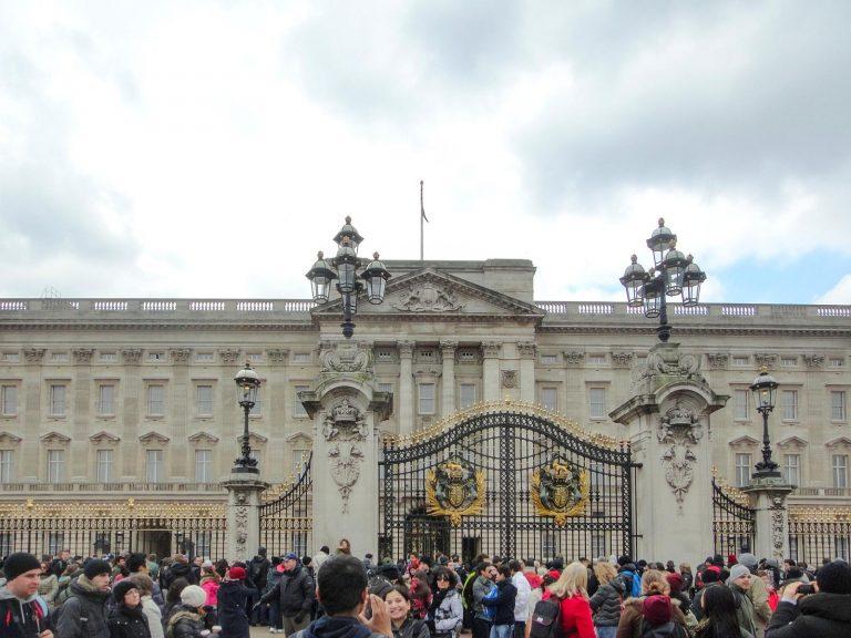(質実剛健)バッキンガム宮殿 Buckingham Palace