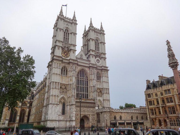 (イギリス王室の戴冠と埋葬の場)ウェストミンスター寺院 Westminster Abbey