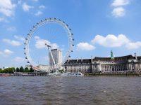 (テムズ川に立つ大観覧車)ロンドン・アイ The London Eye