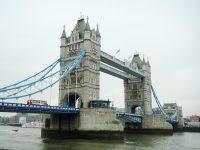 (テムズ川に架かるロンドンの象徴)タワーブリッジ Tower Bridge