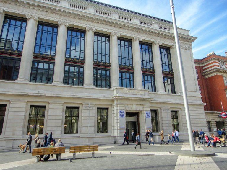 (産業革命から先端科学まで)科学博物館 The Science Museum