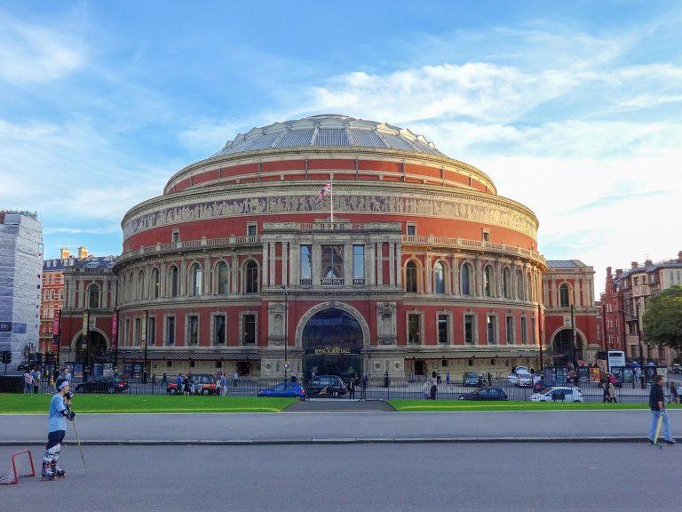 (アルバート公記念劇場)ロイヤル・アルバート・ホール The Royal Albert Hall