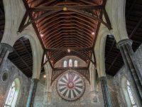 (アーサー王の円卓が壁に掛けられている)ウィンチェスター城 Winchester Castle