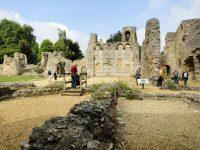 (旧司教宮殿)ウルブジー城 Wolvesey Castle